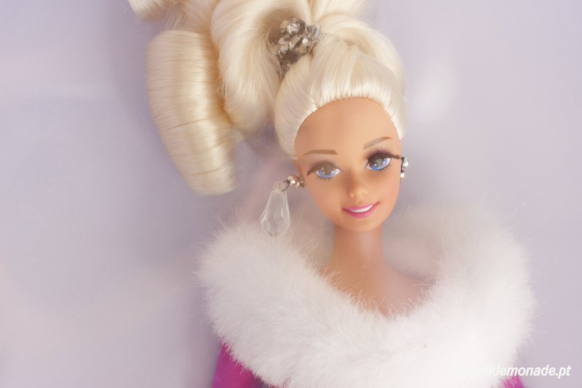 barbie-maquilhagem-collector-red-lipstick-the-pink-lemonade-marta-alves