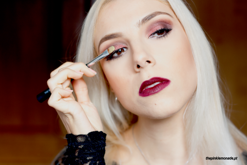 makeup-reveillon-2015-mac-makeupforever-purple-burgundy-lipstick-ingot-the-body-shop-marta-alves-the-pink-lemonade-maquiagem-7